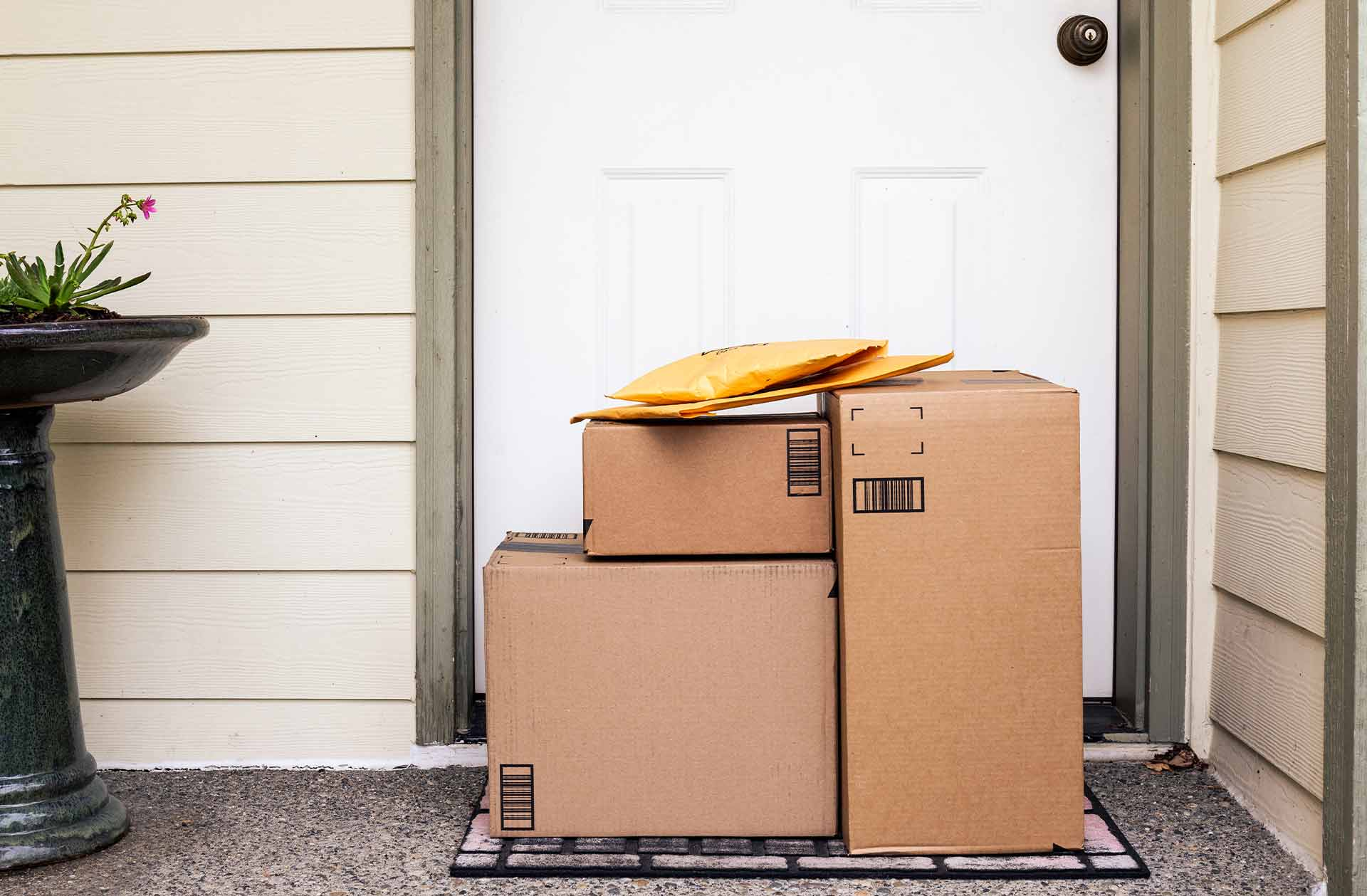 packages_left_at_door_step